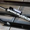 Vérins hydrauliques et verrous de sécurité QuickJack