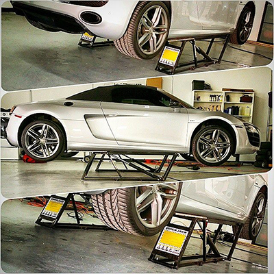 Portable Car Lift for Car Detailing Sports Car